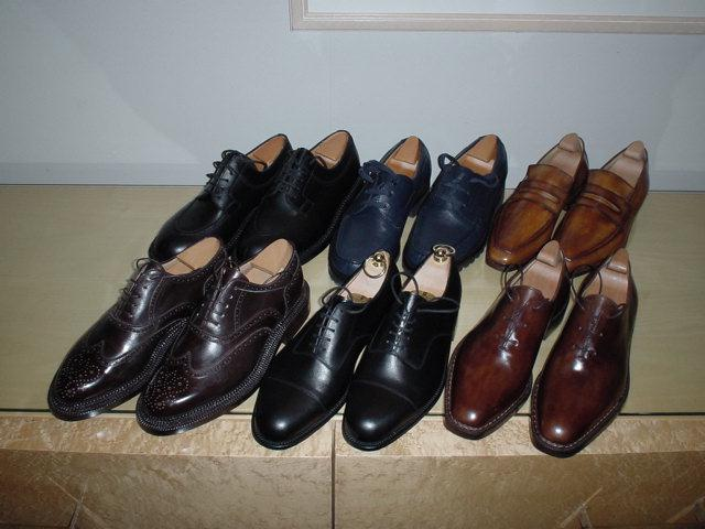 今回のフランス旅行で買ってきた靴(パリのホテルにて撮影)